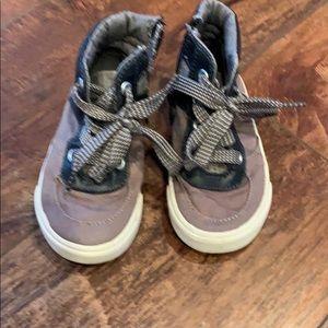 Hi top kids shoes